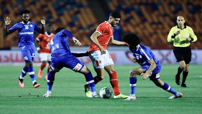 أحمد الشيخ لاعب النادي الأهلي