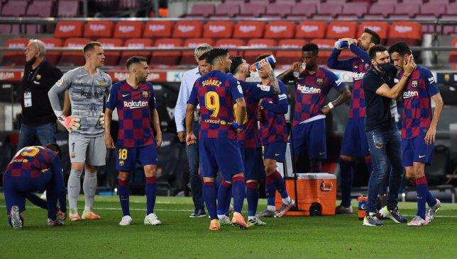 رسمياً.. برشلونة يكشف عن قميصه الثاني للموسم الجديد