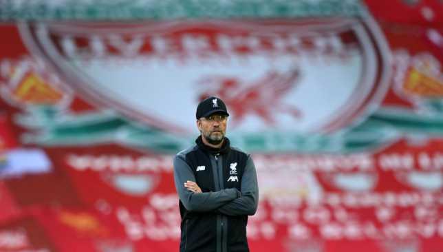 أسطورة مانشستر يونايتد يُغضب كلوب بتعليقه على انتصار ليفربول