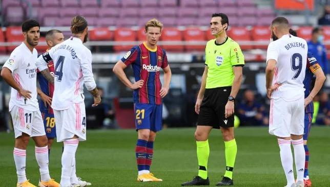 أخبار ريال مدريد وبرشلونة: تعليق صادم من مدير برشلونة على حكم مباراة  الكلاسيكو - برشلوني