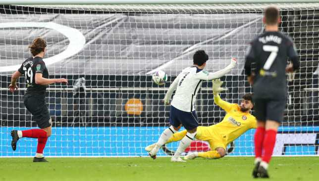 سون هيونج مين سجل ثاني أهداف توتنهام في برينتفورد