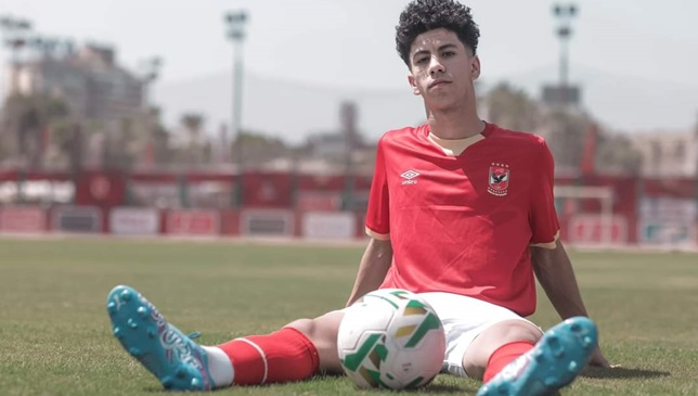 عمار حمدي - لاعب الأهلي المصري