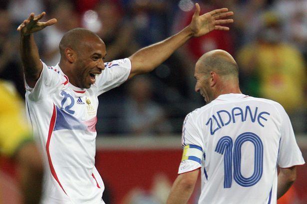 مباراة فرنسا والبرازيل تضم هنري وزيدان - سبورت 360 عربية