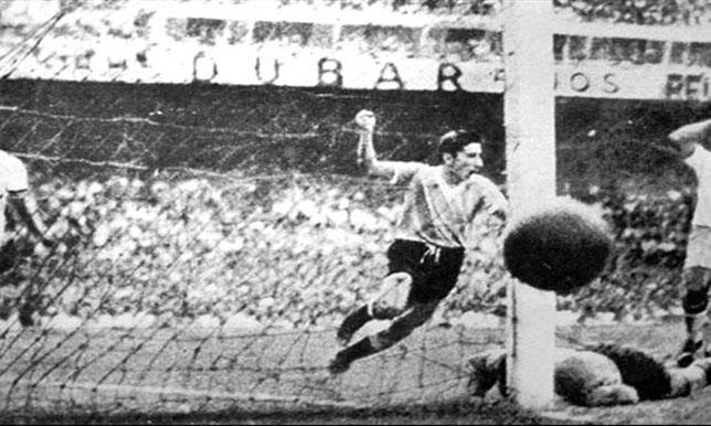 وفاة اللاعب الذي أبكى الشعب البرازيلي عام 1950 - سبورت 360 عربية