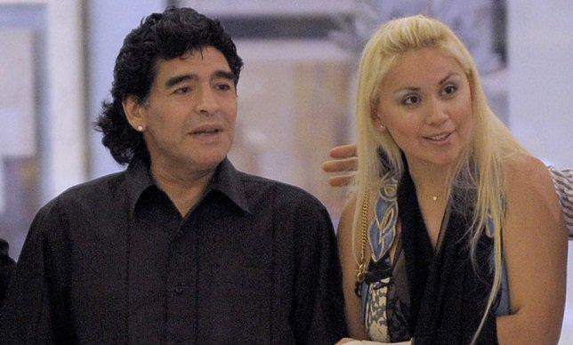 زوجة مارادونا السابقة تقف أمام القضاء بسبب اختلاس أمواله - سبورت 360 عربية