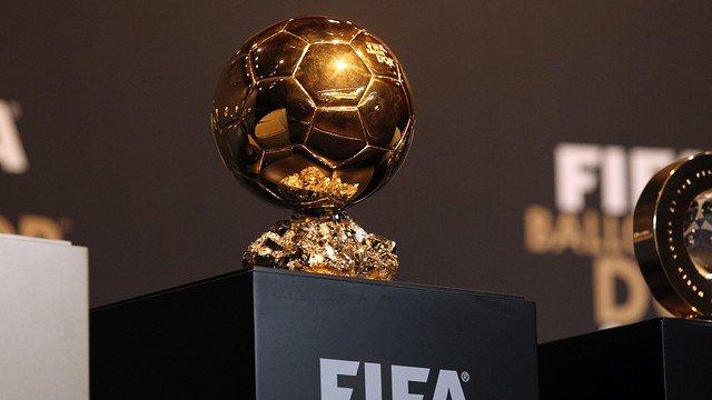 اللاعبون المرشحون لجائزة الكرة الذهبية لعام 2016